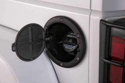 AMP Research - AMP Fuel Door  2007-2018  Wrangler JK   Black   (73000-01A)
